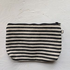 Mini Zipper Pouch by Thirty One NWOT Cosmetic Bag